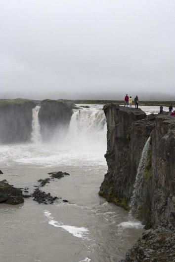 Islande : cascade de Goðafoss